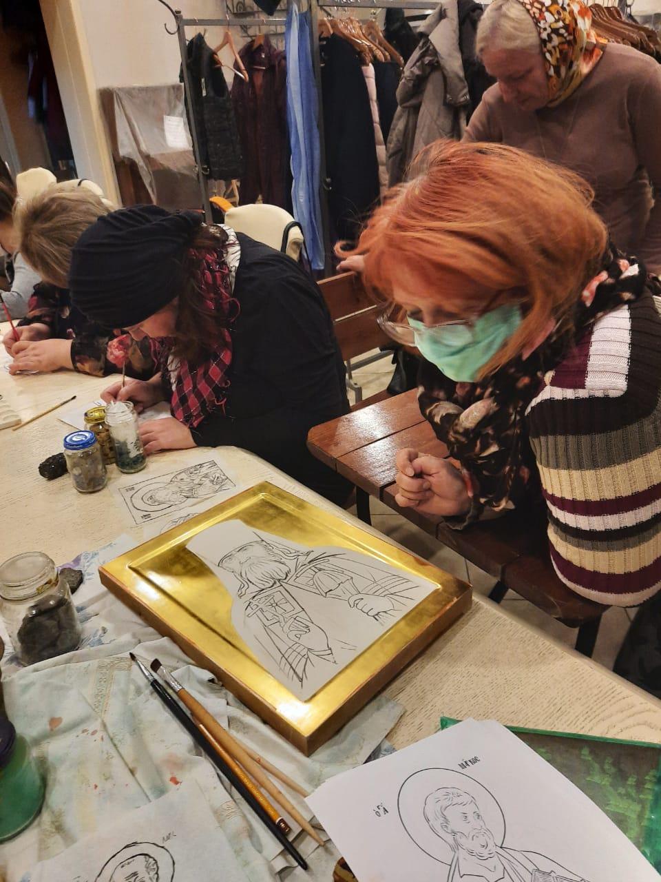 В храме иконы Божией Матери «Всецарица» возобновились занятия в классе иконописи