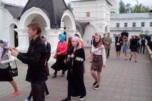 Школьники сел Тырново и Малинищи совершили двухдневную паломническую поездку