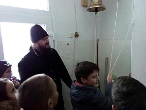 Устройство храма: для учеников Александровской школы провели наглядное занятие